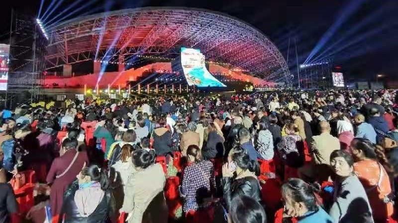 第十九届湖南石门柑橘节暨文化旅游季盛大开幕