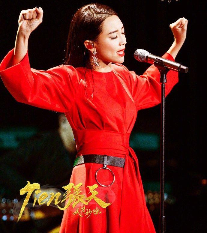 大歌��/&_《歌手》虽然是比赛节目, 表演大于演唱, 最后观众能记住哪首歌?