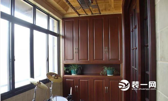 阳台吊柜怎么安装?多款装修效果图让收纳不必断舍离