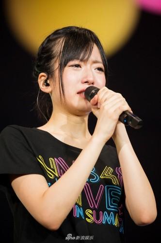组图:nmb48神户开唱 须藤凛凛花谈毕业结婚泪如雨下