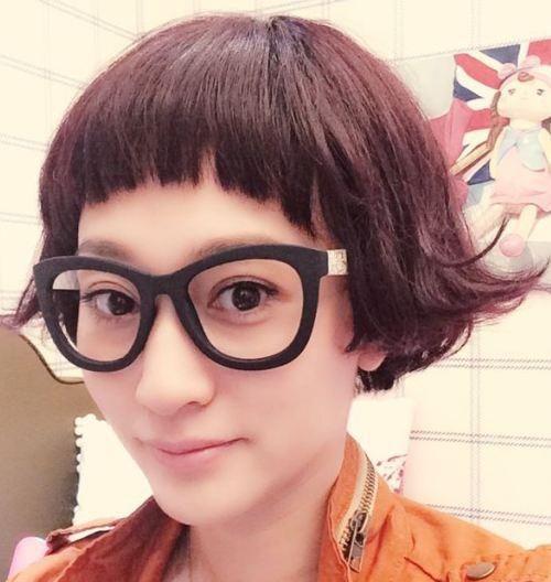 东方名剪丨发型好不好看,刘海说了算!头发颜色退不掉怎么办图片
