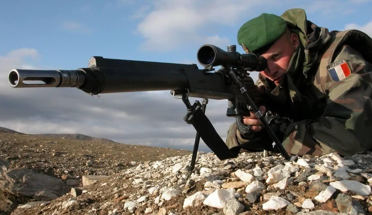 狙击手在执行任务时最害怕什么?不是漫长的等待,而是这种情况