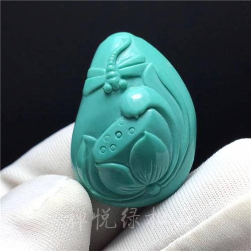 禅悦绿松石:当绿松石雕刻遇上莲花之韵