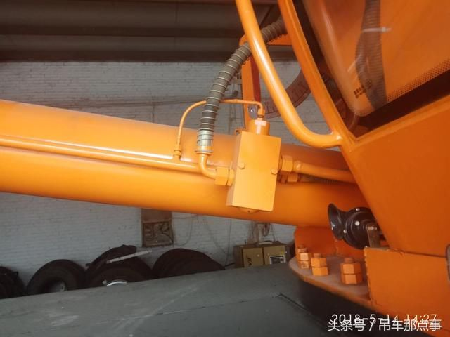 吊车上液压锁和平衡阀的区别图片