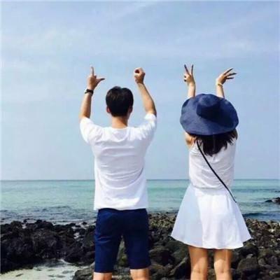 海边情侣头像一对两张 爱你是我的英雄梦