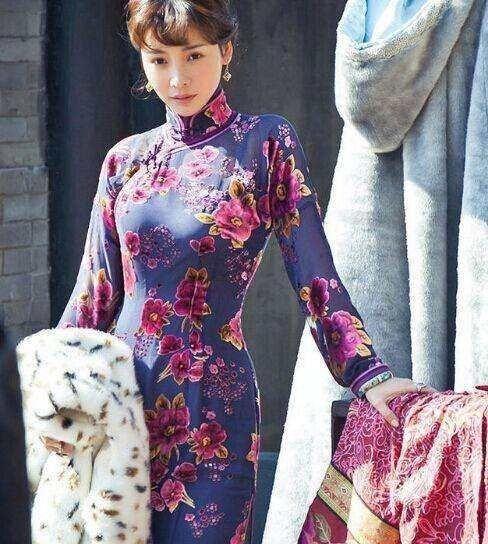 柳岩穿旗袍跳c哩c哩舞,引爆全场,细数柳岩的旗袍秀