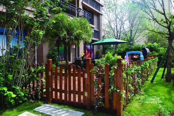 农村的小院子这样设计太美了,档次瞬间就高了,堪比城里人的别墅