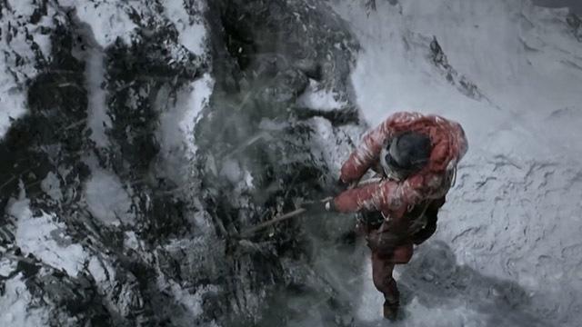 屈银华赤脚登顶 脚趾冻掉在所不惜