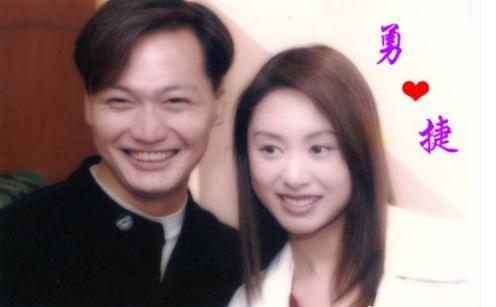 郭可盈晒与郭蔼明陶一波陈美琪合影,又大宇回忆杀电视剧红历史娘子图片