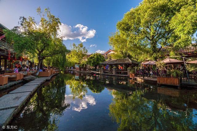 名胜有麒麟山,永宁州古城,狮子口水库,板峡湖风景区,百寿峡谷,重阳树