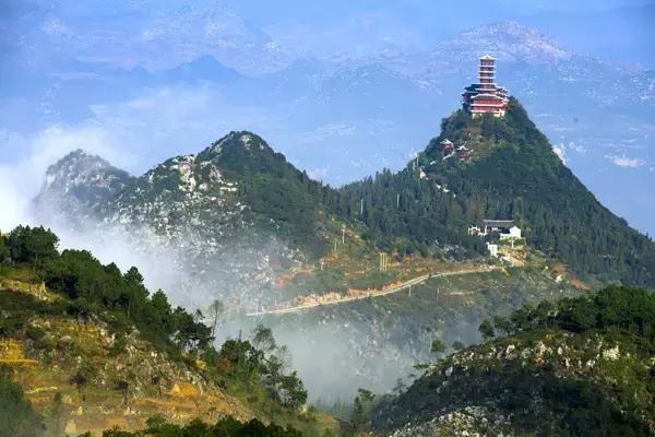 贵州绥阳石林风景区