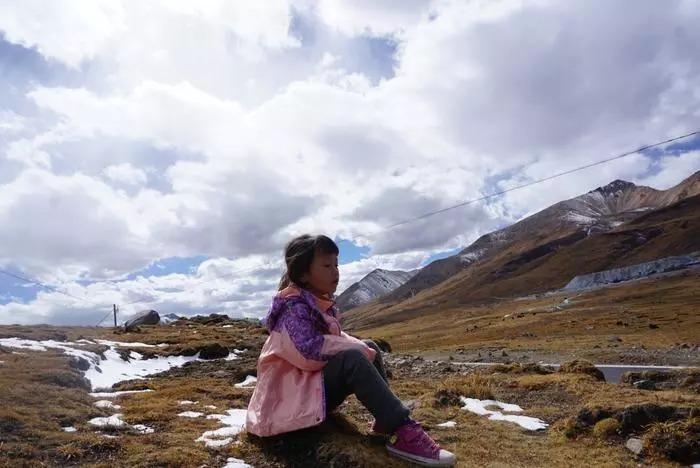 她是中国最小背包客,5岁完成滇藏线的徒搭旅行