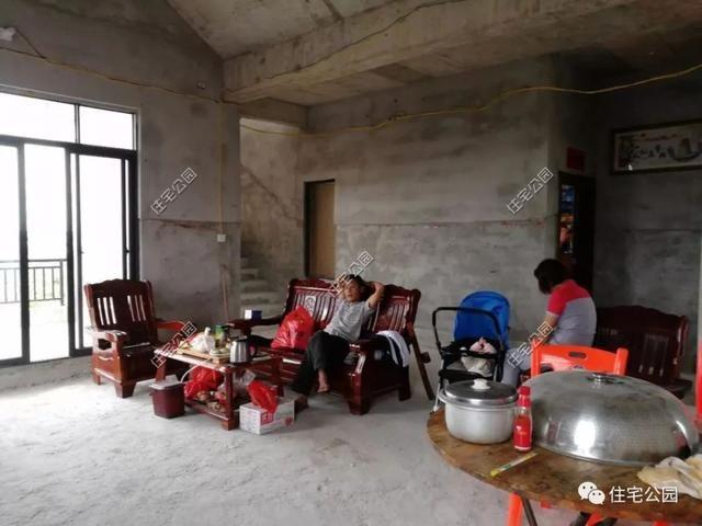海南一农村盖台风被别墅逼停,几年后一层平房别墅装修哪家杨浦区好图片