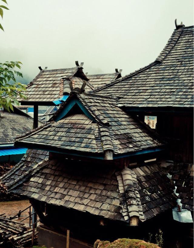 传统的傣族民居图片