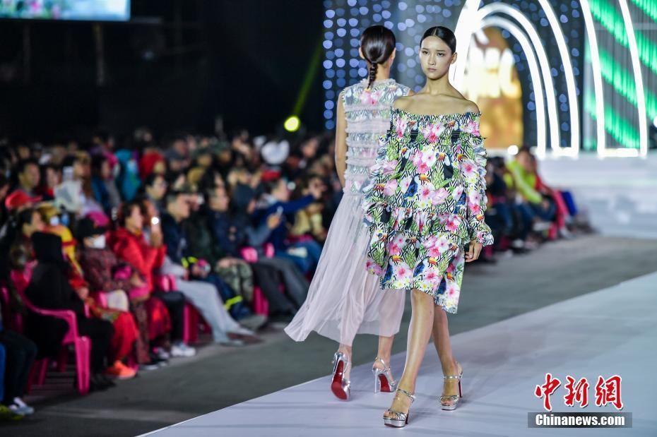 2017中国职业模特大赛总决赛冠军出炉 李昊男,燕炳琨