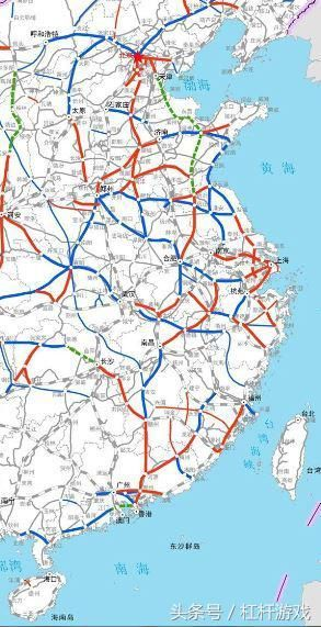 通过八纵八横高铁网,及庞大的普铁网络,客观效果是,不仅实现东部地区