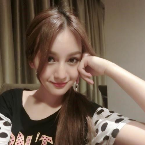 娱乐圈的维族美女,迪丽热巴霸屏迪丽娜尔隐退动漫粉红小美女图片