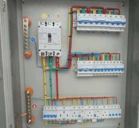 三相电怎么转成220伏两根线?