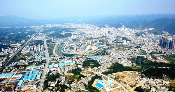"""利川连续两年被评为""""中国避暑休闲百佳县"""",凭啥?"""