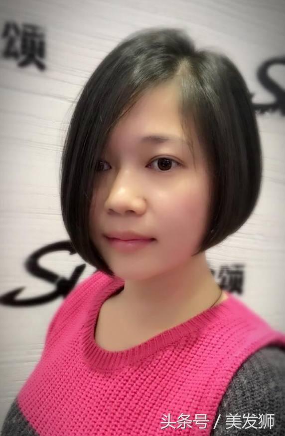 """2018流行减龄瘦脸""""不对称""""短发20款,适合圆脸的女性!"""