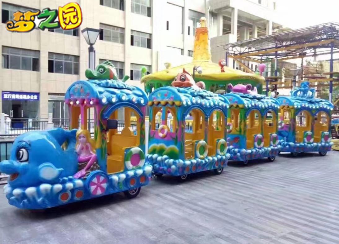 无轨小火车儿童游乐设备为旅游行业带来经济的效益