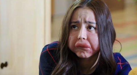 第一,迪丽热巴,迪丽热巴这个来自新疆的异域美女,却在荧屏上多次扮丑