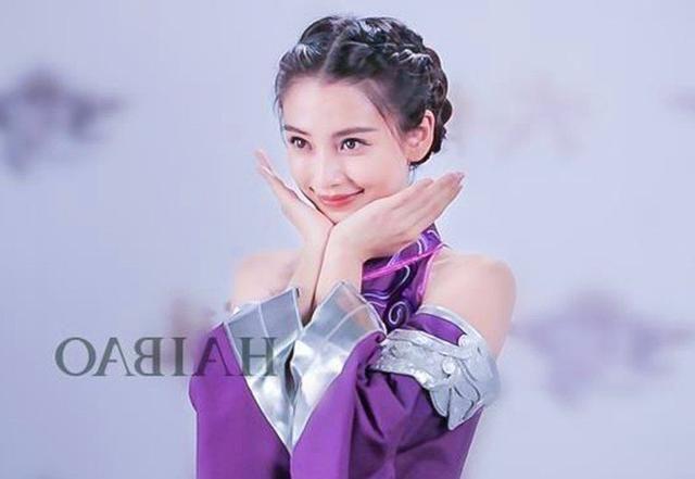 9位女星的二次元造型:赵丽颖超萌,杨颖可爱,迪丽热巴帅哭了!