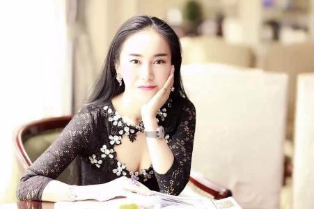 美女总裁��/l�.���,yl&_85后美女总裁:30岁汉能副总裁李亚倩在富二代中独占鳌头