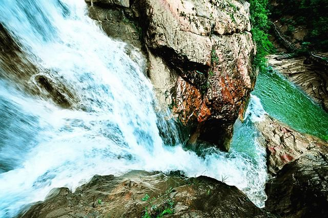 五道幢龙河漂流 国家aaa级旅游景区 河南省西峡县美景
