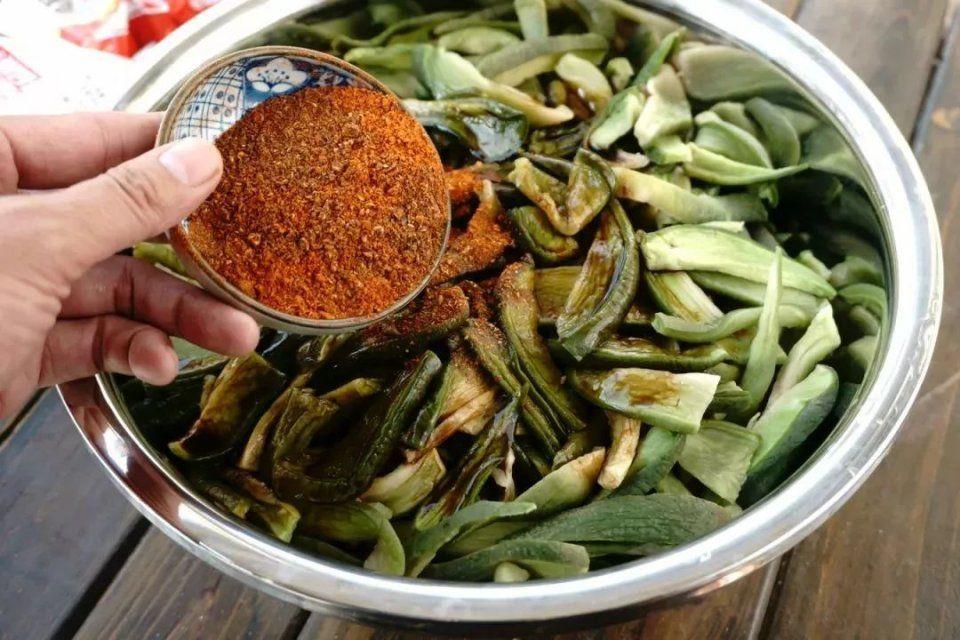 【萝卜食谱】可以美食干虾皮,比吃肉还自制!羊肝下饭和咸菜一起吃吗图片