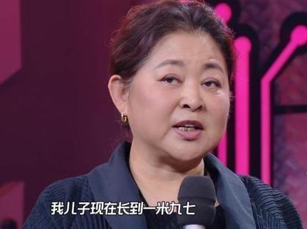 最近关于倪萍的消息也有很多,主要因倪萍上了一次《天天向上》而被不
