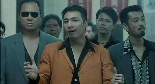 """没用一句是在球场上对肥尸说的""""你在这里凶我是还有的,有种到钵兰街去日本动画电影第一名图片"""
