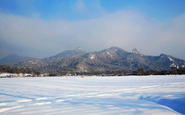 峰岩山寨——金山冰上乐园——金山风景区——金秘洞——九峰山滑雪场