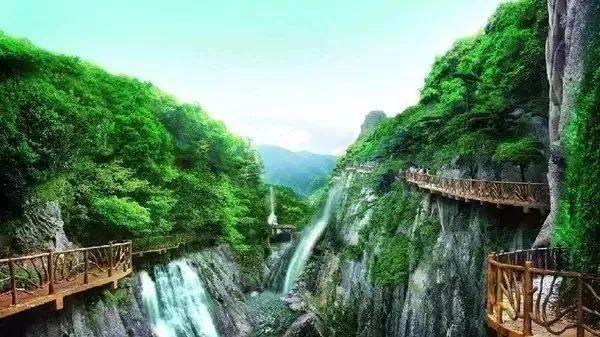主要景点有国家4a级风景区青云山,赤壁生态风景区,嵩口古镇等.