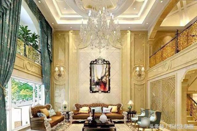 壁纸,马赛克,大理石 客厅是挑空的空间,整个空间感很空旷,欧式的吊顶