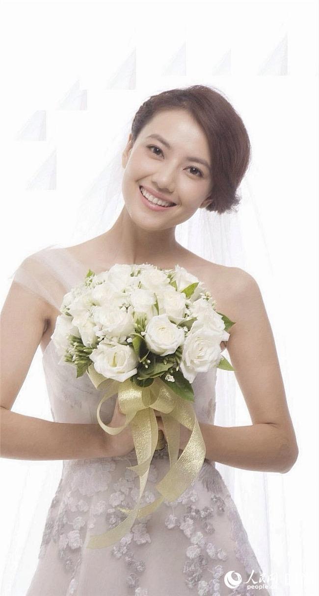 高圆圆赵又廷今日大婚复古风将浪漫进行到底 看女星唯美婚纱造型