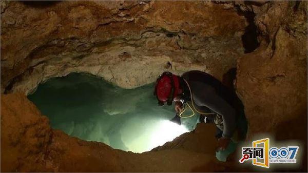 科学家打开封闭550万年的洞穴 发现怪异的东西
