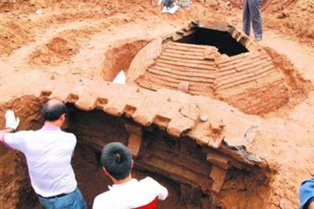 史上最复杂墓葬结构,盗墓贼进不去,考古专家乐坏了:只有我能去