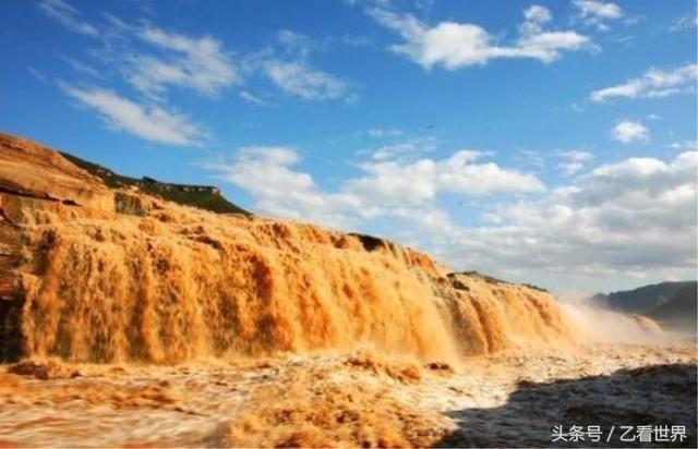 """黄河壶口瀑布风景区:瀑布东岸山西临汾市,西岸陕西延安市,号称""""黄河"""