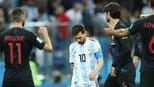 马拉多纳为梅西喊冤:整个阿根廷队没有人能和梅西配合!