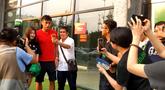 尽释前嫌!北京球迷欢迎国安旧将张呈栋重返工体