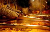 """记忆中的美味""""零食""""都去哪儿了?餐桌上的四十年大变化"""