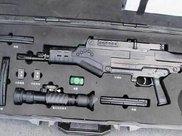 我国新一代突击步枪集体亮相:外形很科幻