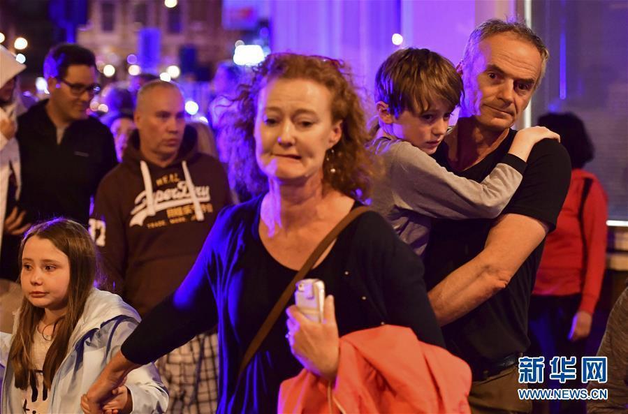 英国伦敦相继发生三起疑似恐怖袭击事件