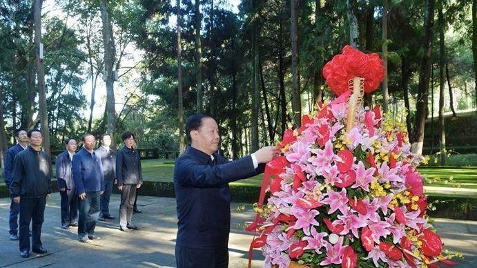 四川省委书记到革命老区调研,强调做好这些工作