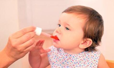 给宝宝喂药是个大难题,但切记:强灌相当危险
