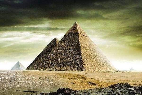 古埃及文明疑似造假,俄罗斯专家:金字塔竟是混