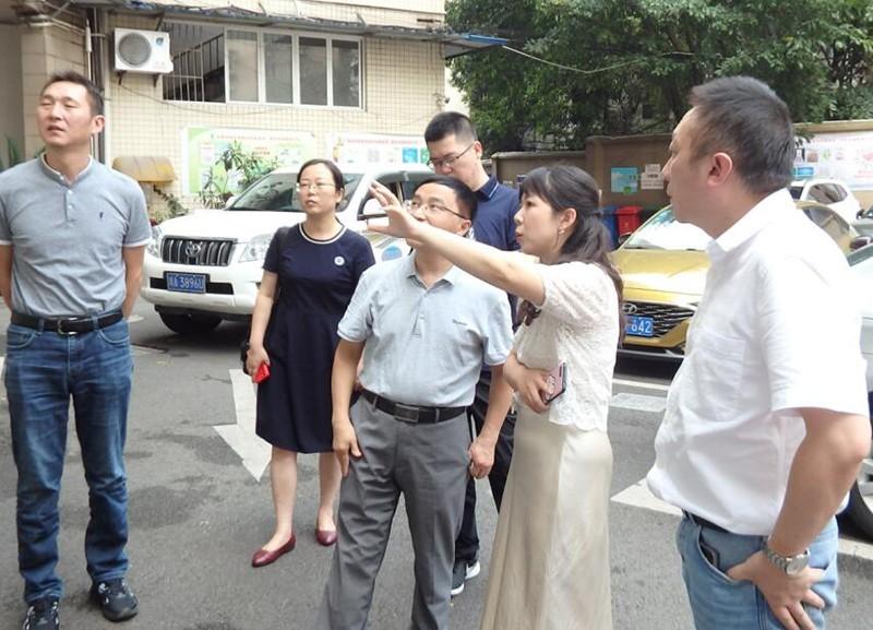 四川省民政厅调研组莅临泸州市社会组织