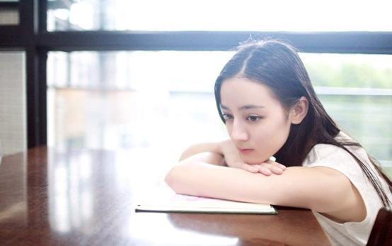 迪丽热巴官宣男朋友微博瘫痪杨幂:你是不是傻?_凤凰彩票平台下