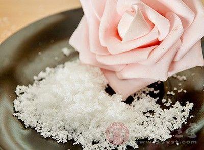 白糖洗脸的好处白糖洗脸需要注意什么(2)
